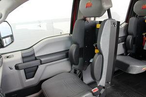 "MiniEvoâ""¢ (Ford F-550) SCBA seating"